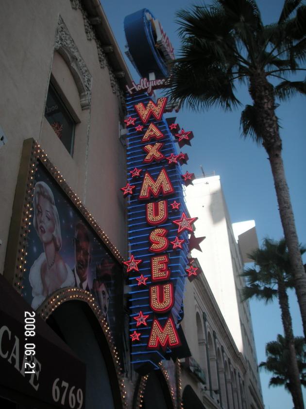 Голливудская «Аллея славы» (Hollywood Walk of Fame)