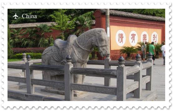 Храм Белой Лошади — первый буддийский монастырь Китая