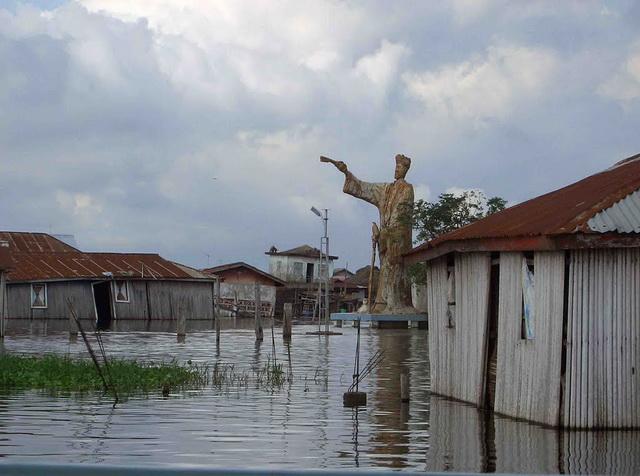 Бенин. Деревня Ганви