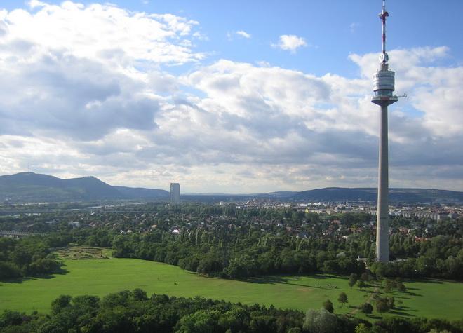 Достопримечательности Вены. Дунайская башня