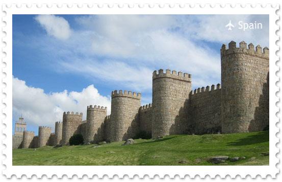 Крепостная стена города Авилла
