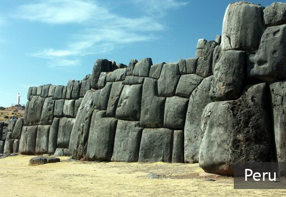 Крепость Саксайуаман в Перу
